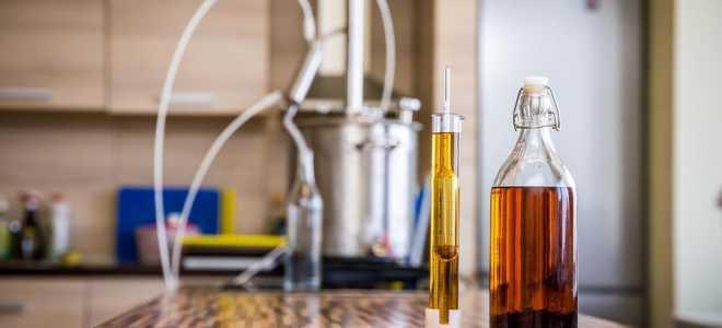 Запах ацетона у самогона: почему появился и как убрать