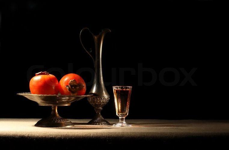 Вино и хурма