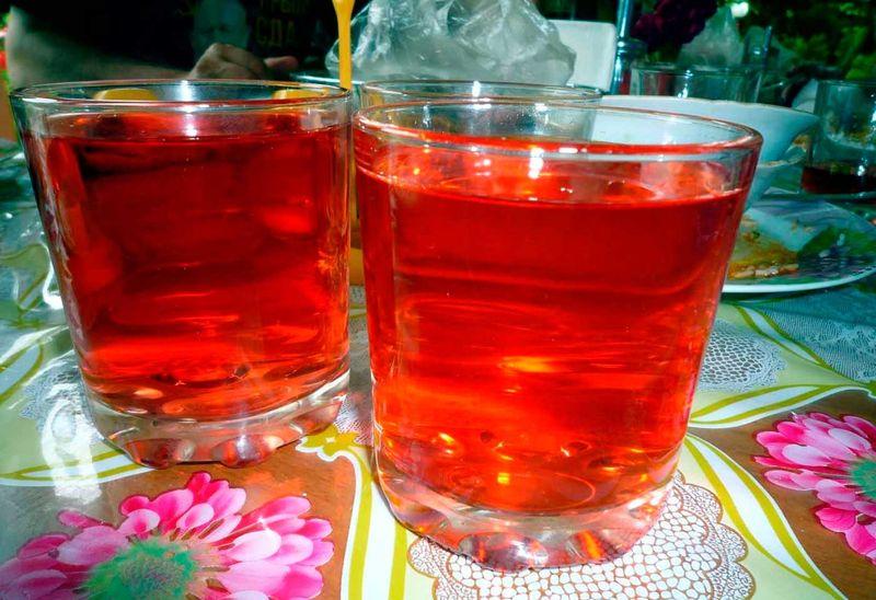 Красная жидкость