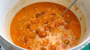 Измельченные абрикосы для приготовления браги