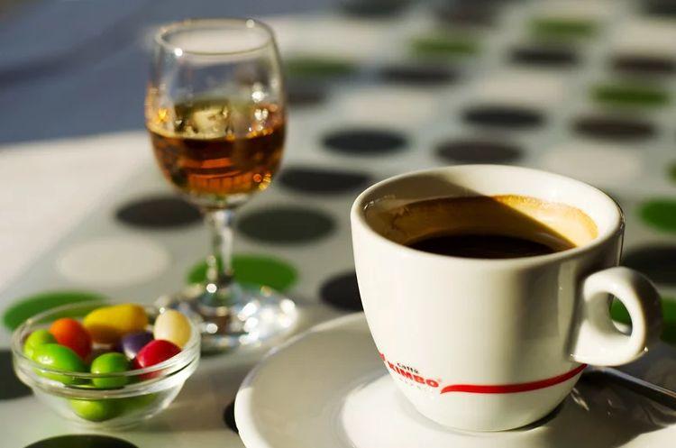 Кофе с Бехеровкой