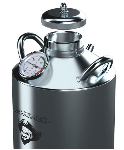 Бак оборудован биметаллическим термометром